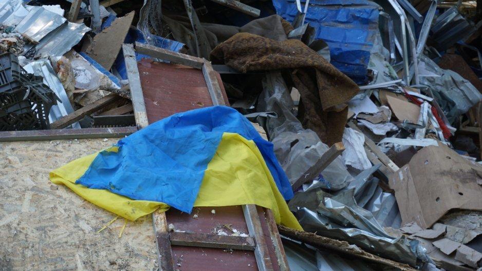 Мародёры и мёртвые рыбки: как сносили рынок на ж/м Тополь-3
