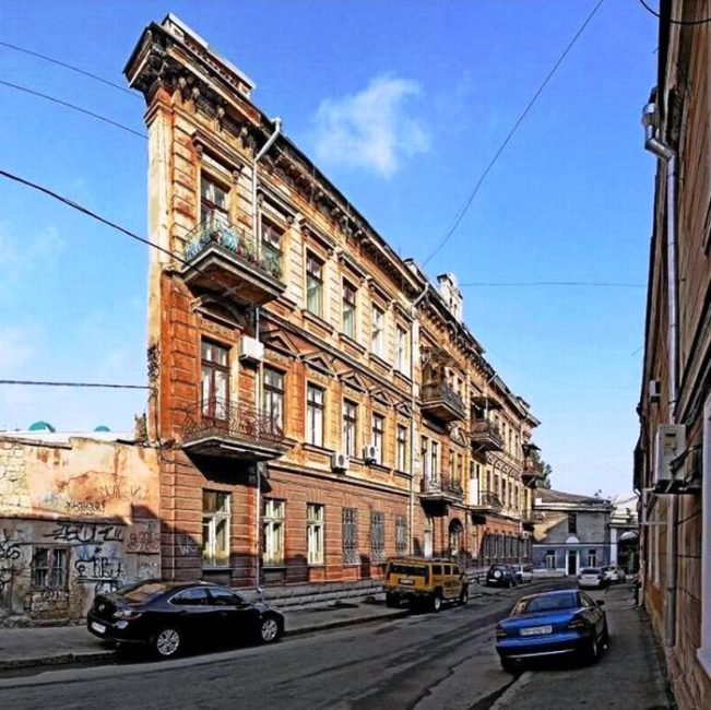 Dom utyug ili stena v Odesse