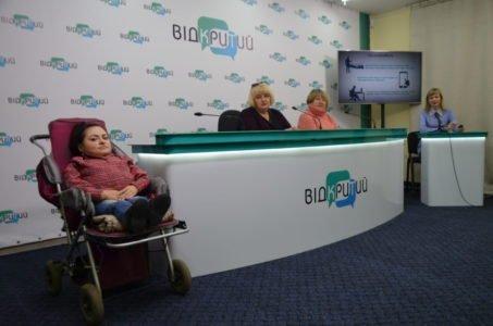 Люди с инвалидностью заявили о проблеме с передвижением в троллейбусах