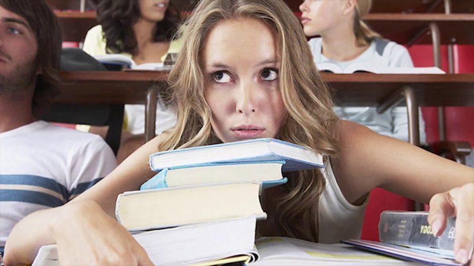 В Днепре школьников отправят на каникулы, а студентов могут перевести на дистанционку