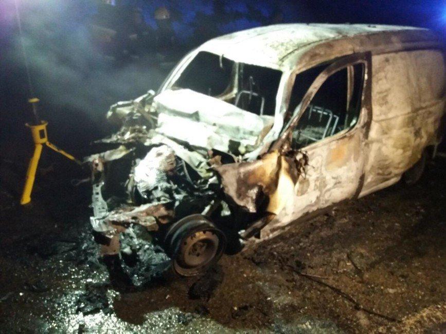 В Днепропетровской области человек заживо сгорел в автомобиле