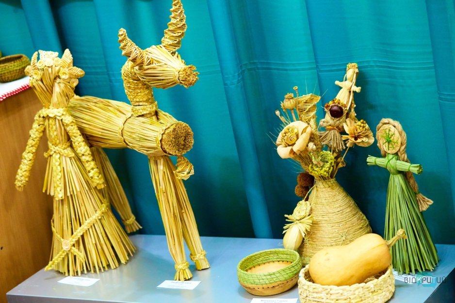 В Днепре проходит Всеукраинская выставка народного искусства