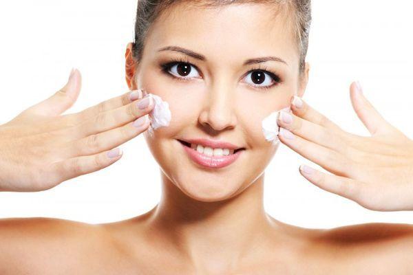 Уход за кожей зимой. Как защитить лицо от мороза и ветра зимой