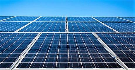 Под Днепром построили мощнейшую в Украине солнечную электростанцию