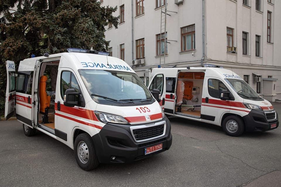 У бригадах «швидкої» працюватимуть парамедики й медтехніки