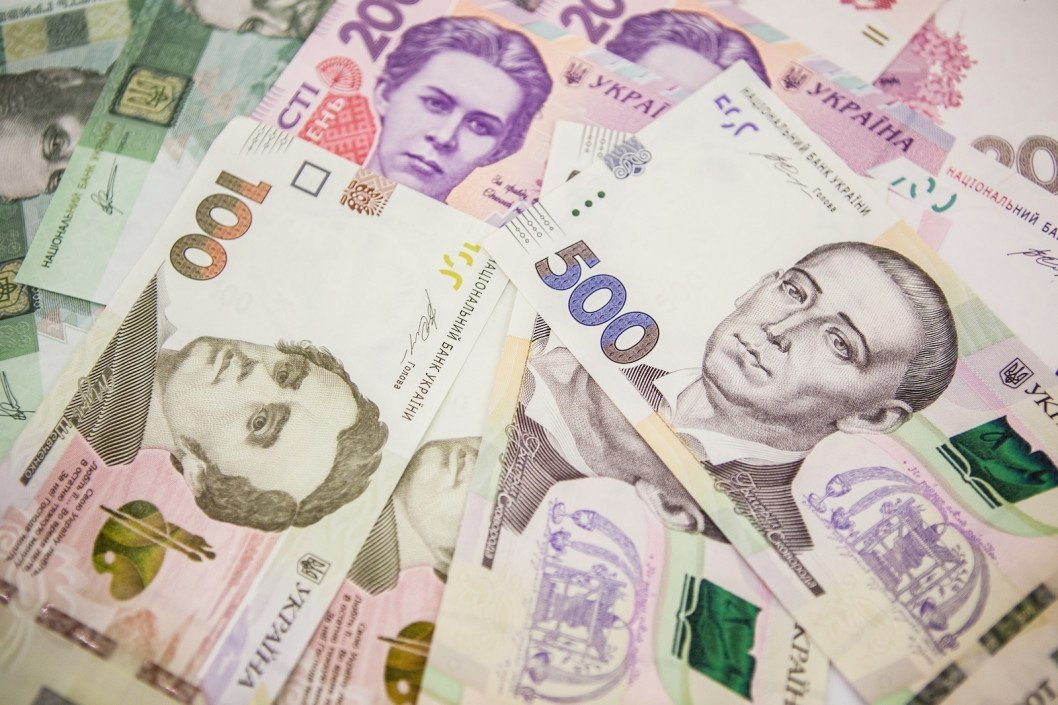 Повідомивши про хабар, можна отримати 10 % від його суми: так в Україні пропонують боротися з корупцією