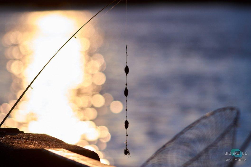 В Днепре на выходных спасли двоих рыбаков