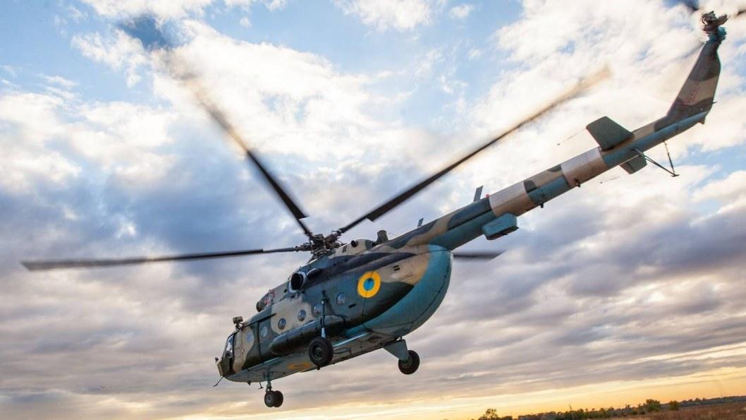 Медичний тил: у Дніпро вертольотом евакуйовано пораненого бійця зі Сходу