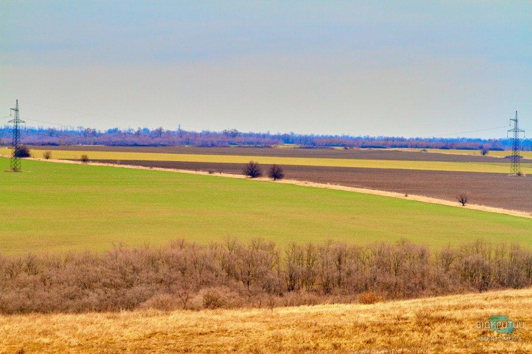 В Україні почнуть моніторити стан земель