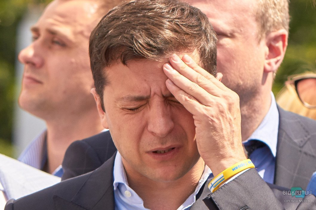 Перші 100 днів президентства Зеленського: 180 обіцянок та 302 укази