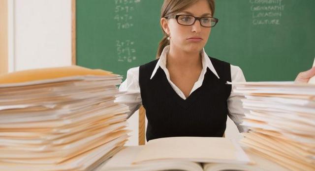 В Україні вчителі також складатимуть ЗНО