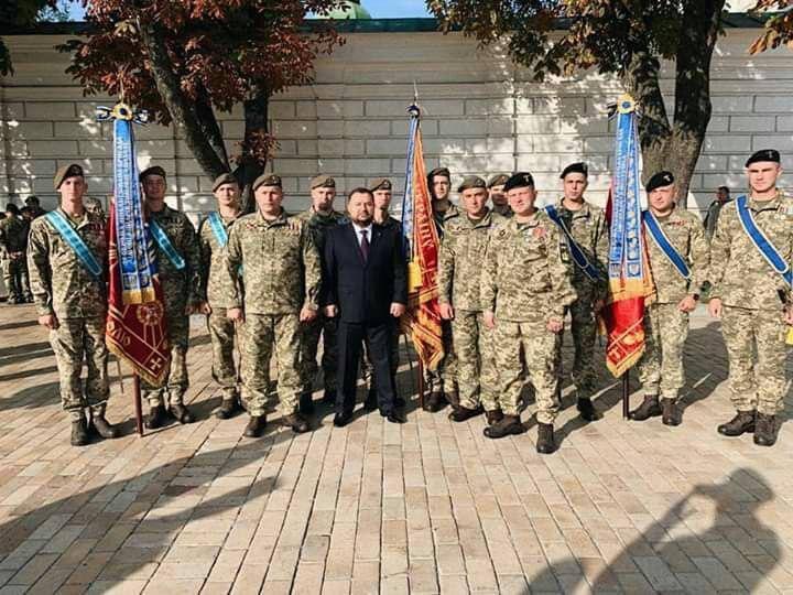 Криворізька танкова бригада указом Президента отримала почесне звання
