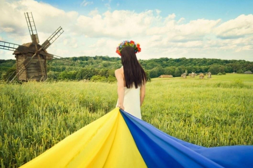 Понад 80% українців вважають себе патріотами — результати опитування