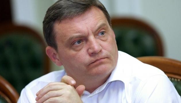 Високопосадовця Гримчака та його помічника затримали на хабарі у 1,1 мільйона доларів США