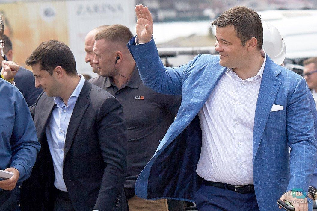 Богдан очолив ходу моделей з шампанським на День Незалежності