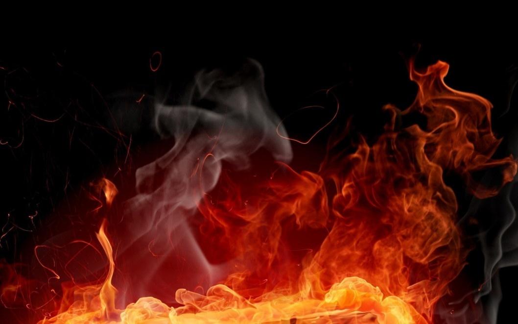 У Дніпровському районі під час пожежі постраждала жінка