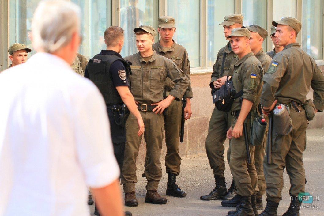 В День защитника Украины Днепр будут усиленно патрулировать правоохранители