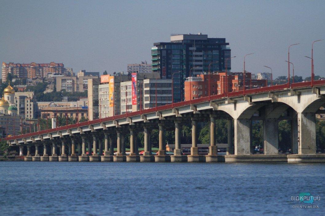 В Днепре комиссия от Зеленского начала проверку ремонта Нового моста