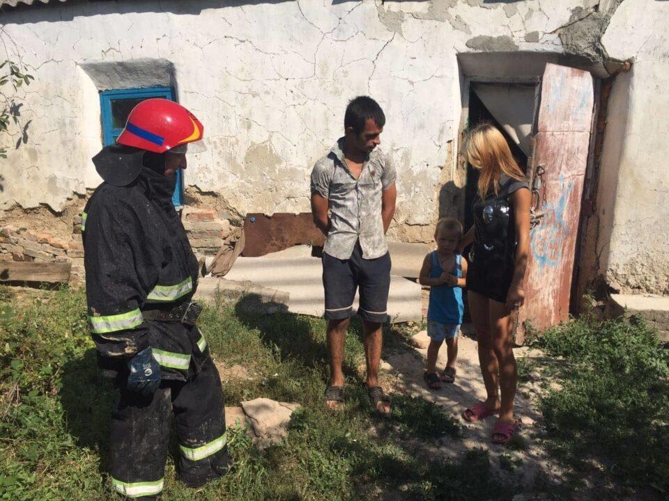 «Дитячі пустощі з вогнем»: у Томаківському районі підпалили дім