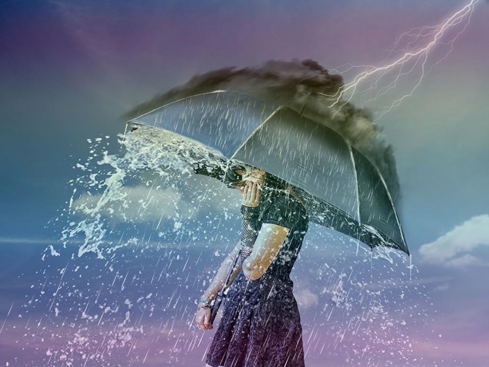 «Небо плаче грозами»: в Днепре синоптики обещают дождь