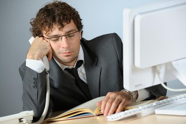 Робочий день до 12 годин: тепер українці працюватимуть довше