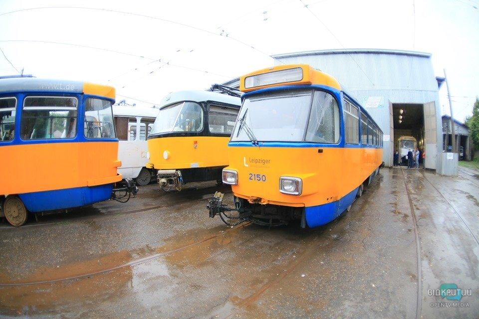В Днепре трамваи будут ходить по сокращенному маршруту