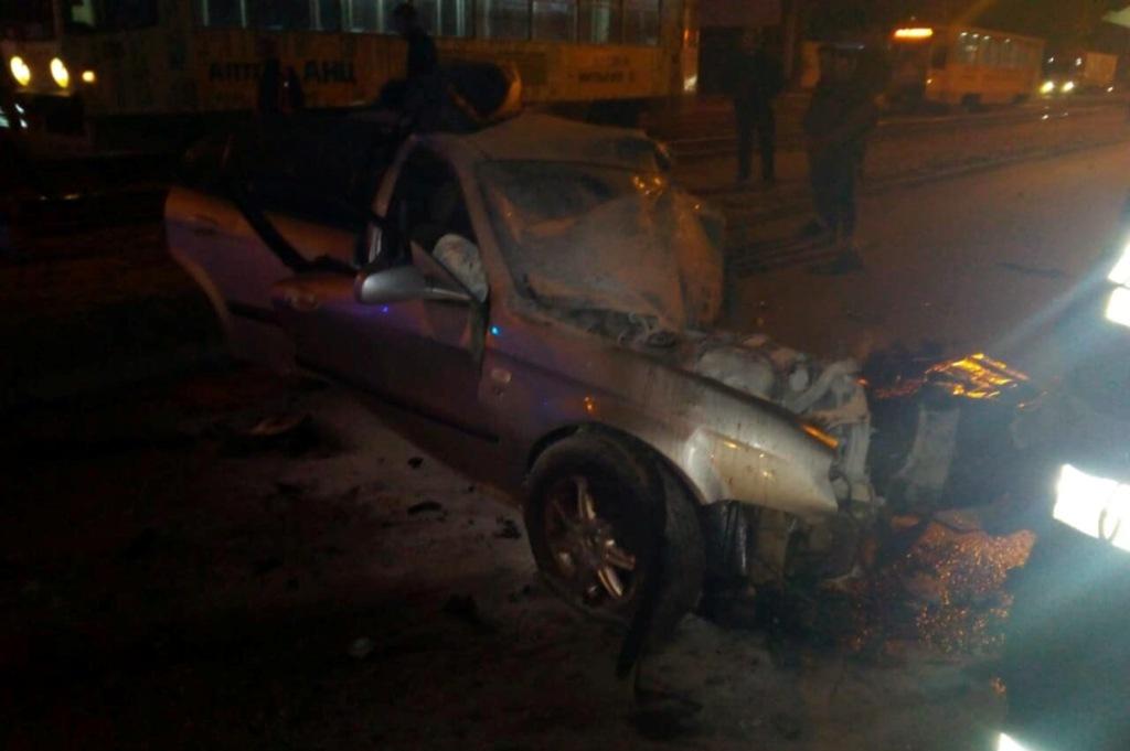 В Днепре во время ДТП погиб один человек и один получил травмы