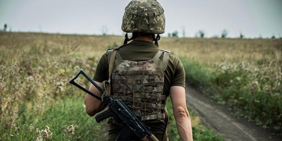 Комитет Рады в понедельник рассмотрит законопроекты о присвоении добровольцам статуса участника боевых действий