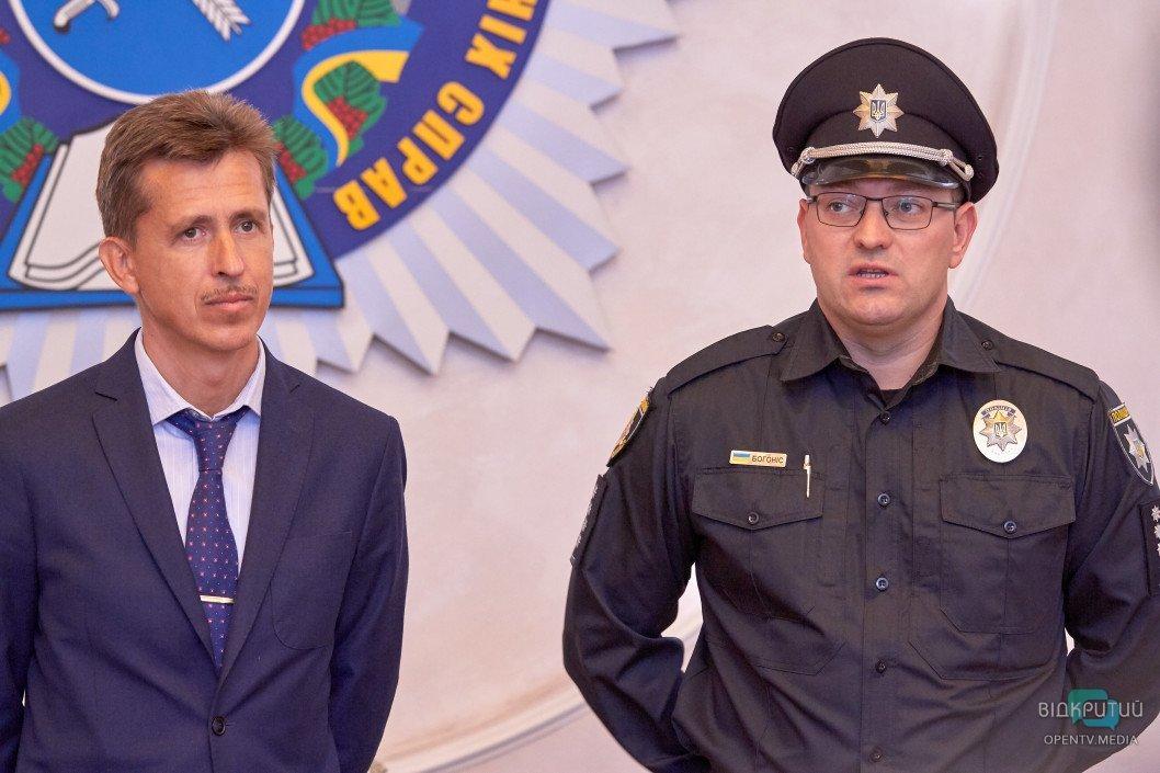 В Днепре посланник Трампа ознакомился с подготовкой украинских шерифов