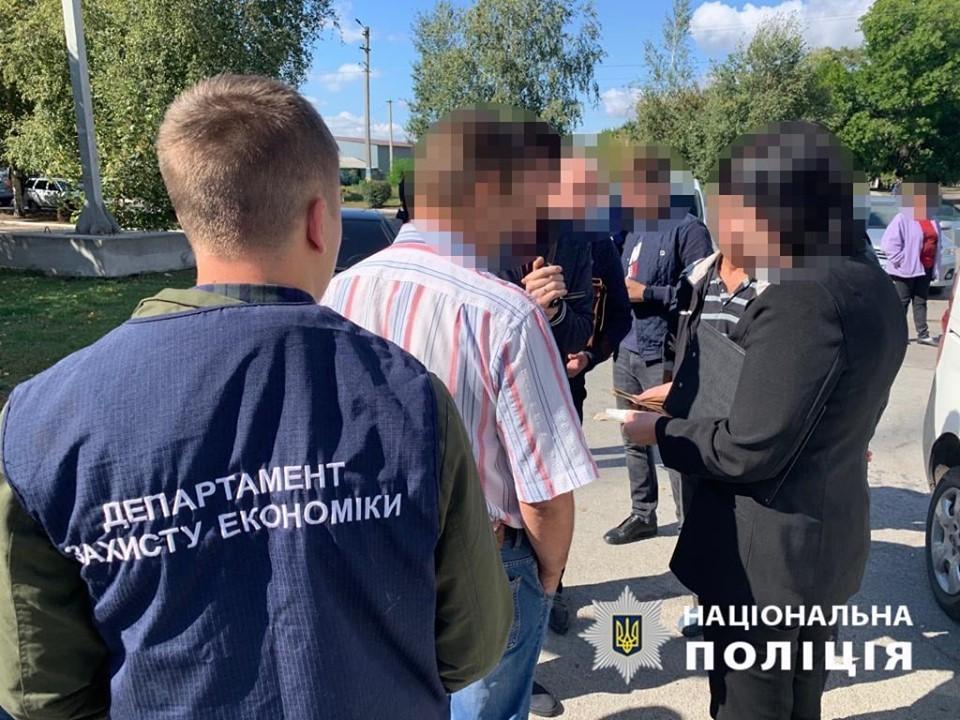 В Днепропетровской области чиновника районной государственной администрации уличили в коррупции