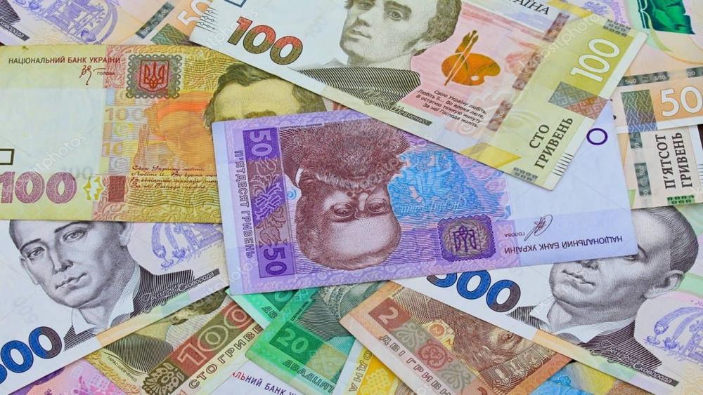 В бюджете-2020 увеличили расходы на СНБО в 157 раз, урезали финансирование сирот и бюджетные места в университетах