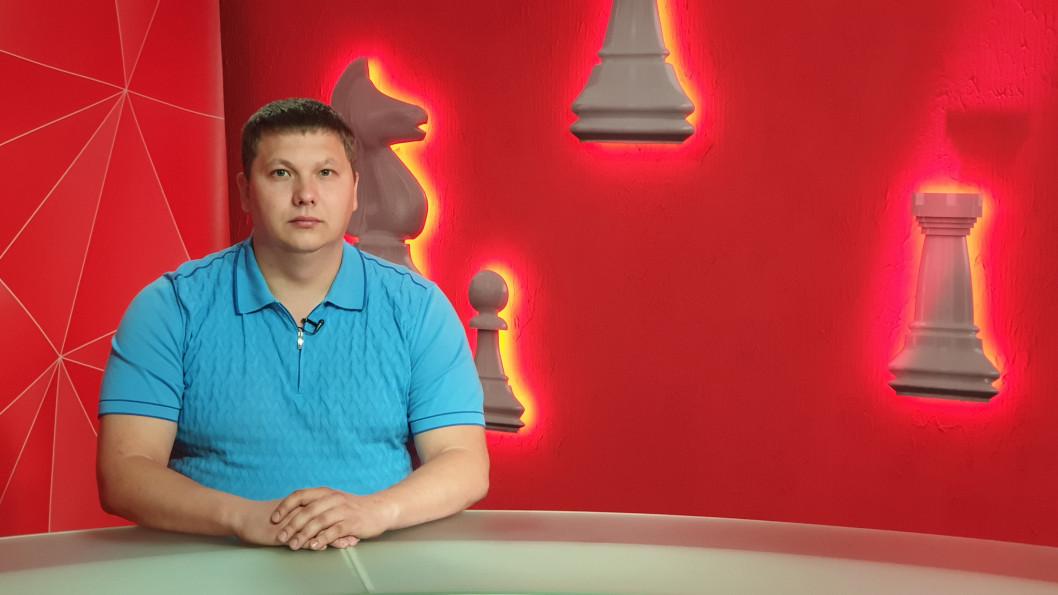 В'ячеслав Медяник про те, чи буває на своєму окрузі в Дніпрі, та де і як облаштувався у Києві — програма «Шах і мат»