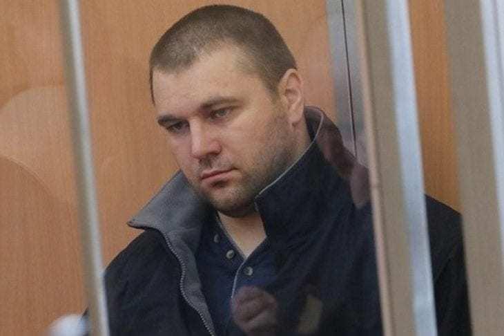 Мужчина, убивший полицейских в Днепре, хочет избежать наказания