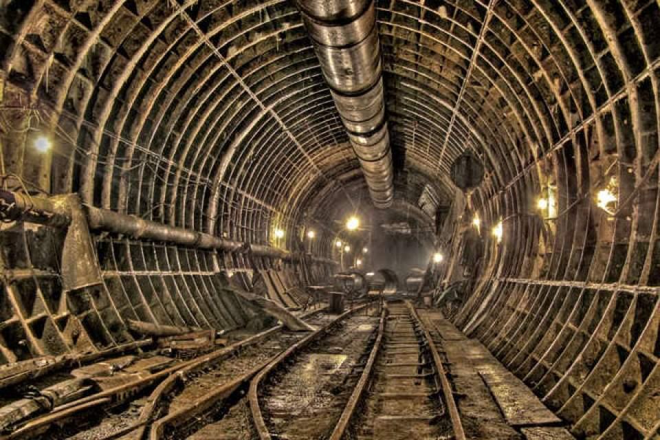 Кабмин может выделить 812 000 000 гривен на строительство метро в Днепре