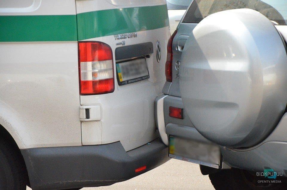 Инструкция от водителей Днепра: как устроить два ДТП и пробку на отрезке в 150 метров