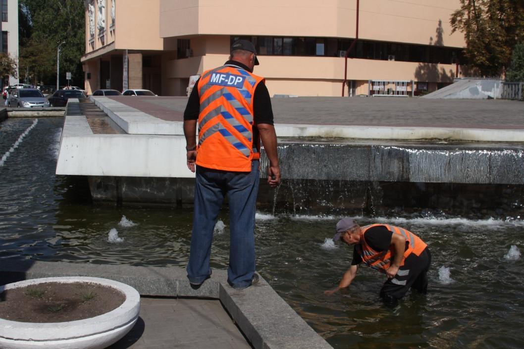В Днепре месяц работы фонтанов обходится бюджету в 1 000 000 гривен, — горсовет