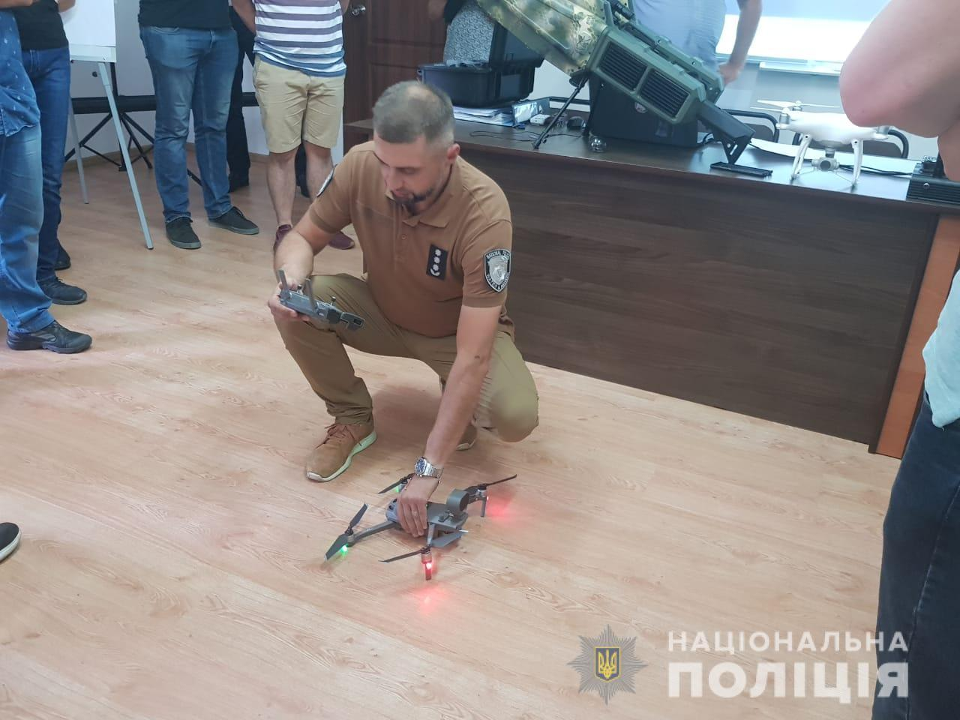Нацполиция проводит подготовку операторов беспилотников