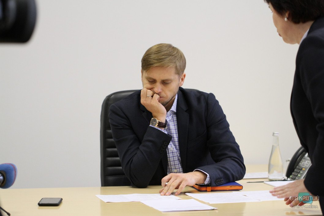 «Открытая власть» оказалась не совсем открытой: СМИ не пустили на первый прием граждан губернатором