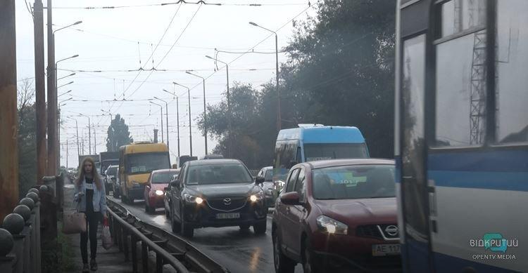 Как обстоит ситуация на дорогах Днепра: город в ожидании открытия Нового моста