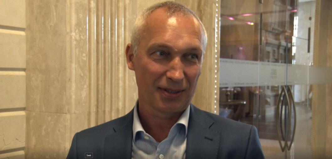Футболіст Олег Протасов привітав Дніпро з Днем міста