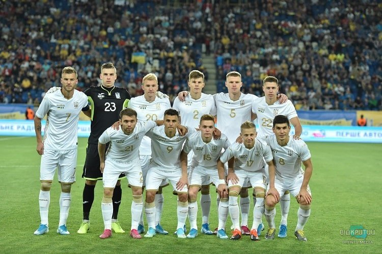 На стадионе «Днепр-Арена» состоялся товарищеский матч Национальных сборных Украина - Нигерия