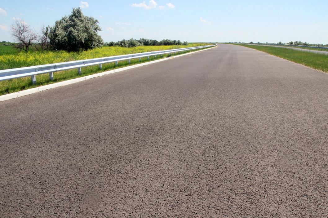 Від Дніпра до Києва: прямо зараз будують чотирисмугову автомагістраль європейської якості