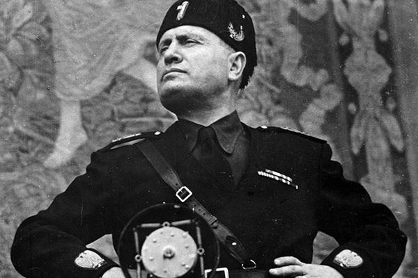 Муссолини во главе профсоюзов и захват власти Пилсудским: какие карикатуры печатали в прессе Днепра 1920-х годов