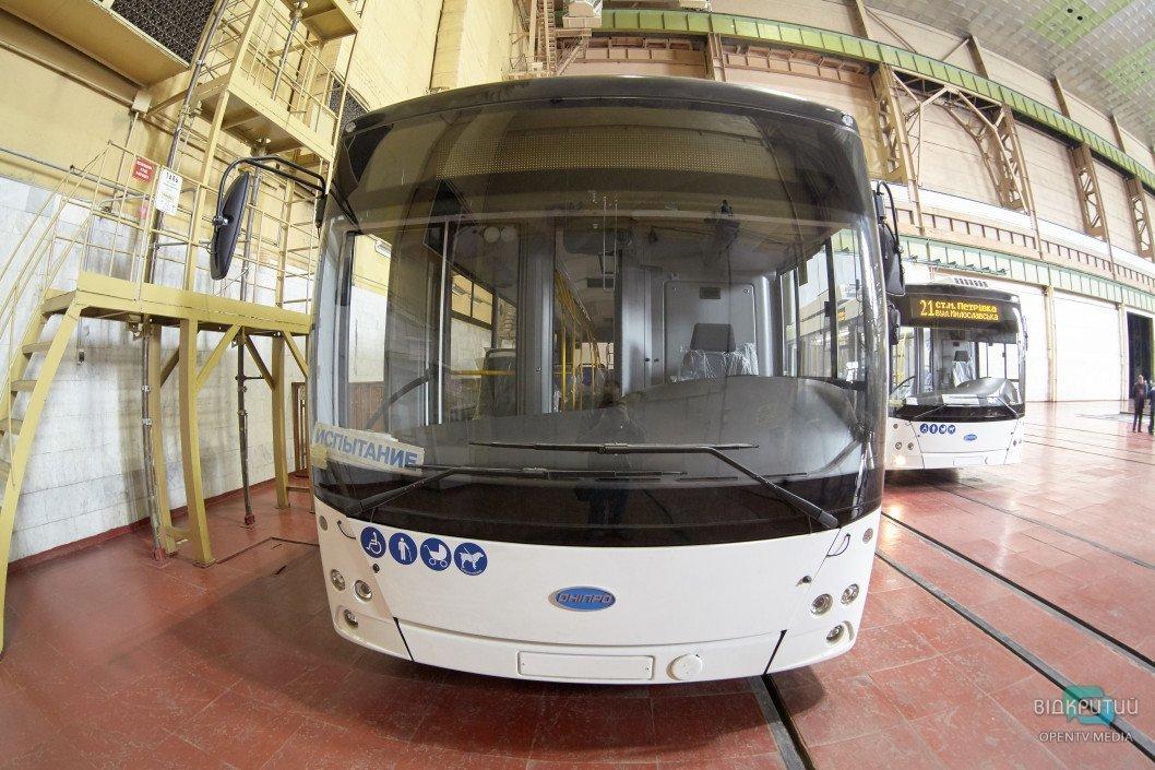 До конца года в Днепре на маршруты выйдут 12 новых троллейбусов от «Южмаша»