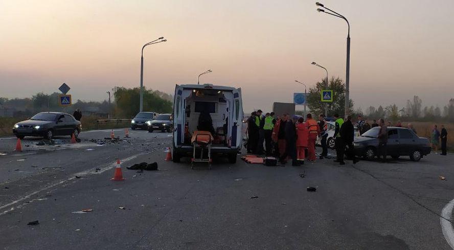 В Днепре в результате аварии погиб полицейский