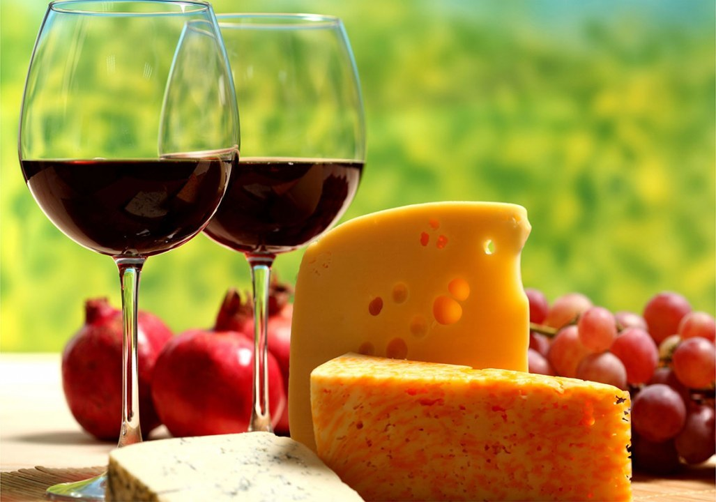 Festival molodogo vina i syra v Budapeshte