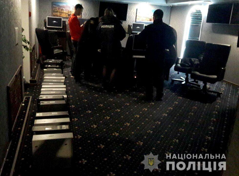 В Кривом Роге полиция пресекла работу двух незаконных игорных заведений
