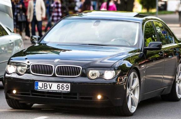 im578x383 euro auto