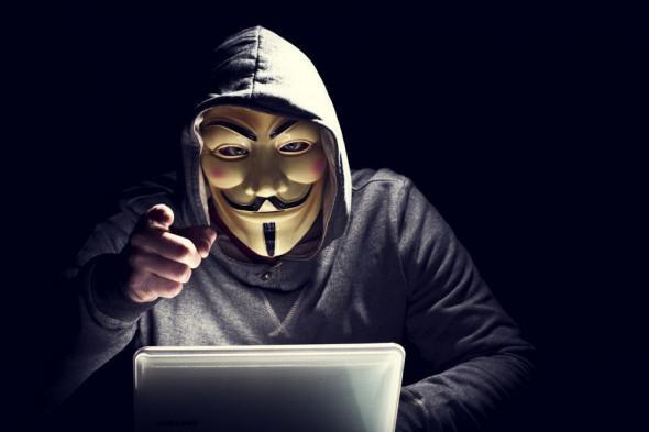 Местный Анонимус: днепрянин взломал 3,5 тысячи аккаунтов по всему миру