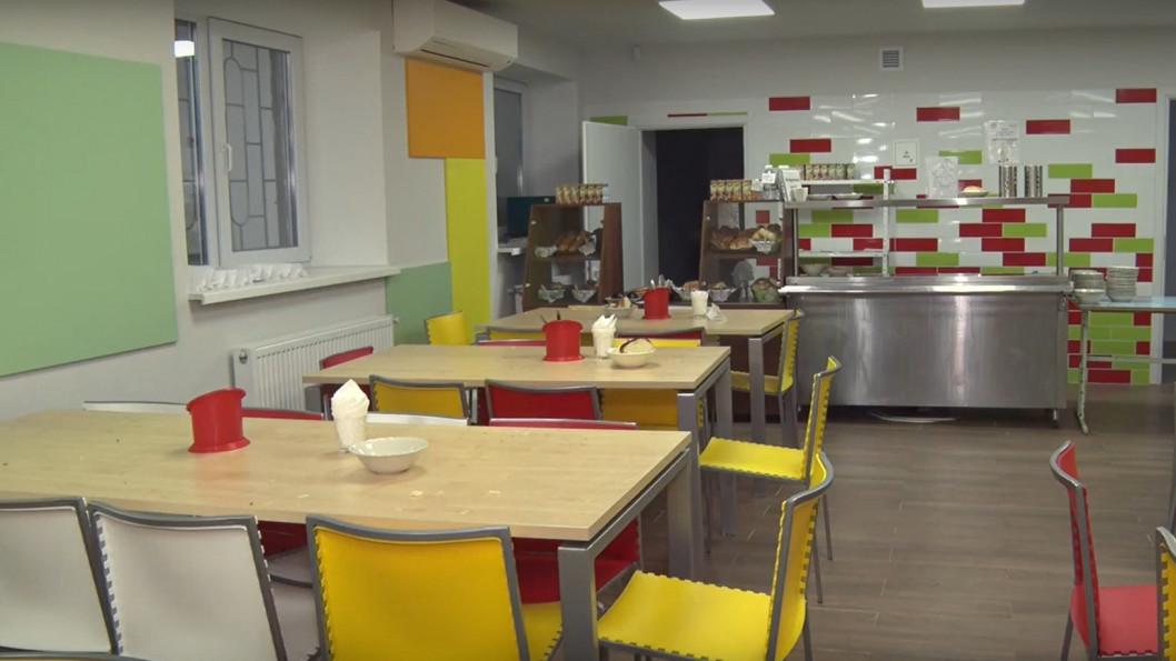 ВІДЕО: В Дніпрі повністю оновлюють шкільні їдальні